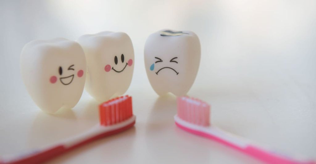 How to spot tooth decay